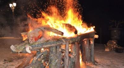 alberona-sant-antonio-falo-arte-fuoco-borgo-monti-dauni-Società