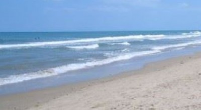 tragedia-marina-lesina-malore-mare-uomo-morto-spiaggia-Cronaca