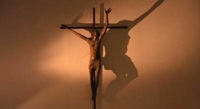 raccolta-firme-crocifisso-chiesa-di-santantonio-foggia-Società