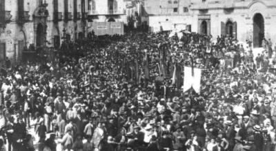 foggia-eccidio-sciopero-manifestazione-piazza-1905-racconto-aiezza-Società