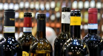 vino-foggia-enoteche-aumento-dati-coldiretti-camera-commercio-Società