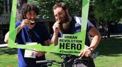 foggia-iniziativa-greenpeace-eroi-urbani-strade-bici-bus-piedi-Società