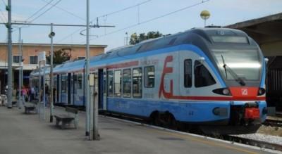 pendolariai-treni-legambiente-pro-e-contro-rotaie-puglia-capitanata-Società