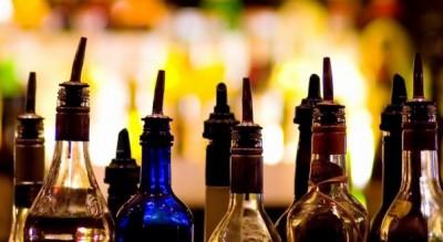 tentata-rapina-bar-arresto-carabinieri-regalo-bottiglie-proprietario-Cronaca