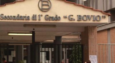 vandali-scuola-bovio-foggia-rabbia-sindaco-amarezza-preside-Cronaca