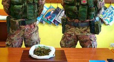 arresto-carabinieri-droga-marijuana-nascosta-casolare-Cronaca