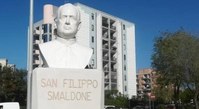 busto-san-filippo-smaldone-apostolo-sordomuti-foggia-Società