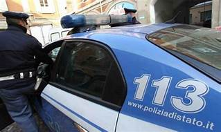 polizia-arresto-uomo-violenza-resistenza-pubblico-ufficiale-Cronaca